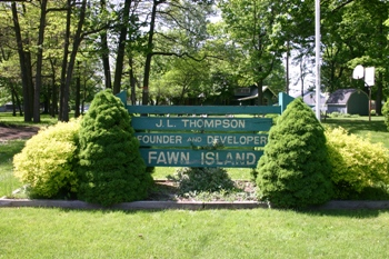 JL Thompson Memorial Sign